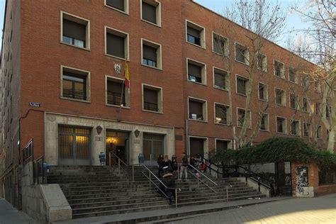 Facultad de Comercio y Turismo (Universidad Complutense de ...