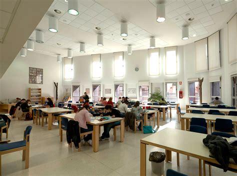 Facultad de Educación   UAH