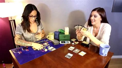 Fail Noob Girls Learn to Play Magic the Gathering - YouTube