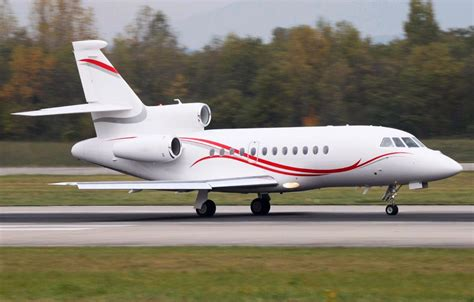 Falcon 900/EX - Epic Jet - Private Air Travel Solutions