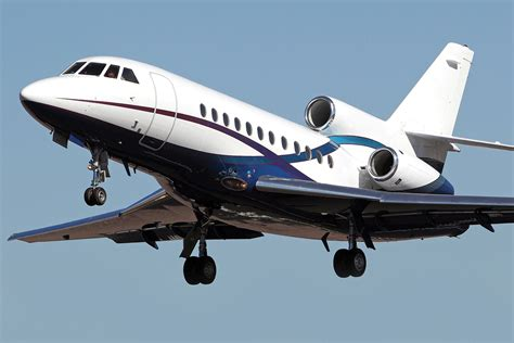 Falcon 900 Heavy Jet » Skyservice Air Charter