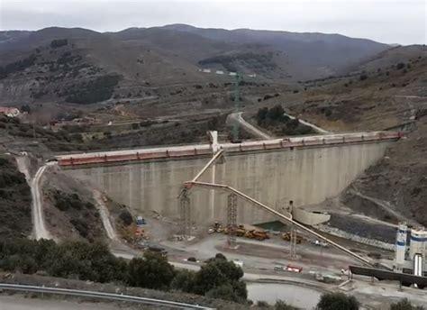 Fallece un trabajador en las obras de la presa de Enciso ...