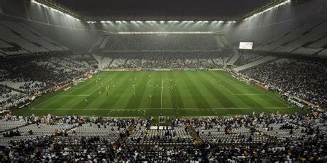 Falta poco para el Mundial pero mucho para los estadios de ...