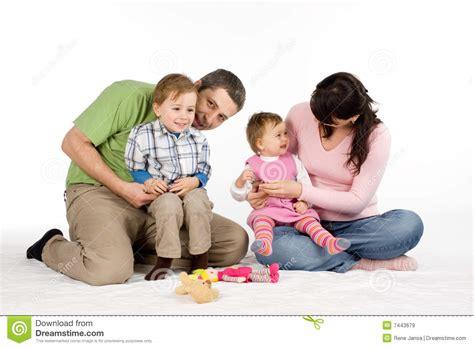 Familia Con Dos Niños Imágenes de archivo libres de ...