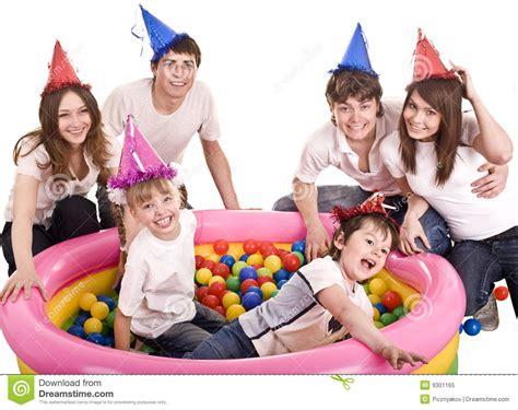 Familia Feliz, Cumpleaños De Niños. Foto de archivo libre ...