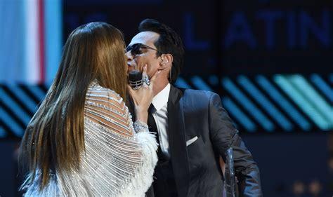 Famosos vão a 17ª edição do Grammy Latino nos Estados ...