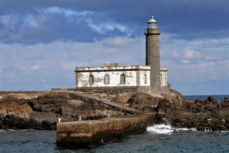 Faro de Punta Delgada, Alegranza | Canary Islands, Spain ...