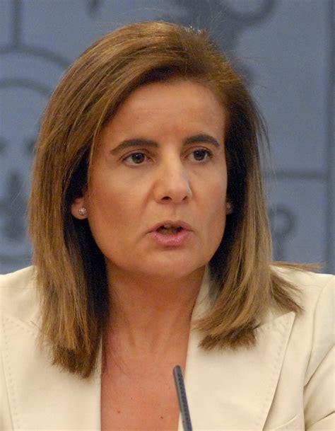 Fátima Báñez   Wikipedia, la enciclopedia libre
