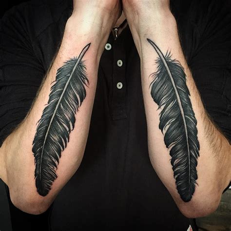 Feathers ala Dave Grohl #feathers #feathertattoo # ...