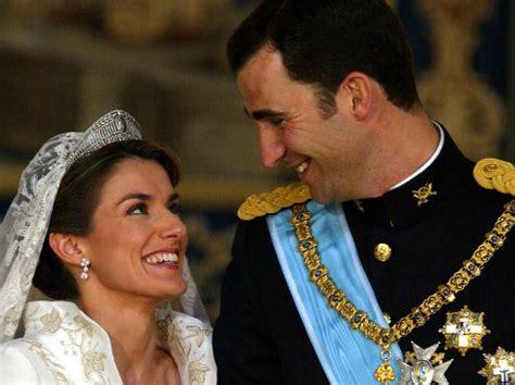 Felipe et Letizia d'Espagne : 10 ans de mariage - Noblesse ...