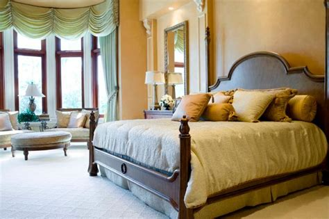 Feng Shui Bed Positioning | LoveToKnow