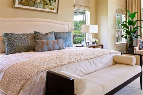 Feng-Shui-bedroom-white-throw | Open Spaces Feng Shui