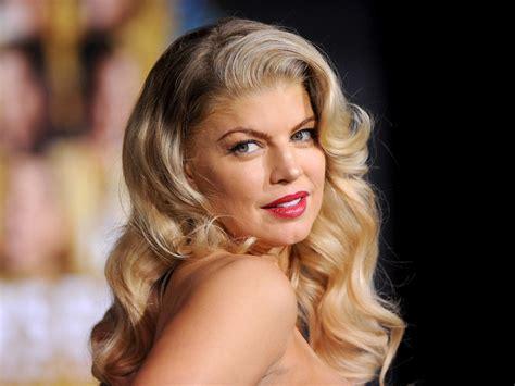 Fergie explica por qué tardó tanto en hacer público su ...