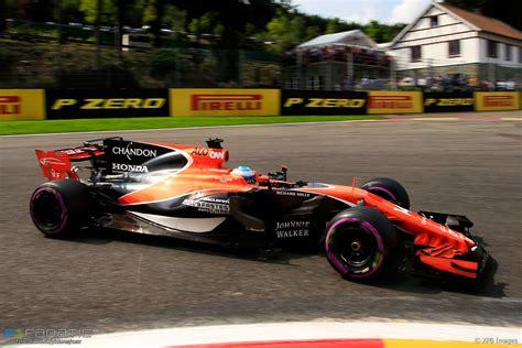 Fernando Alonso, McLaren, Spa-Francorchamps, 2017 · F1 Fanatic