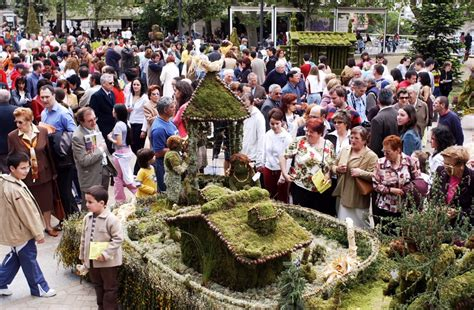 FIESTAS DE GALICIA DE INTERÉS TURÍSTICO FESTA DOS MAIOS EN ...