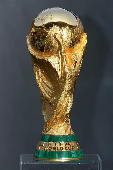 FIFA World Cup trophy makes a stop in Peru | Peru For Less