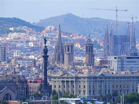 File:Barcelona   monuments.jpg   Wikimedia Commons