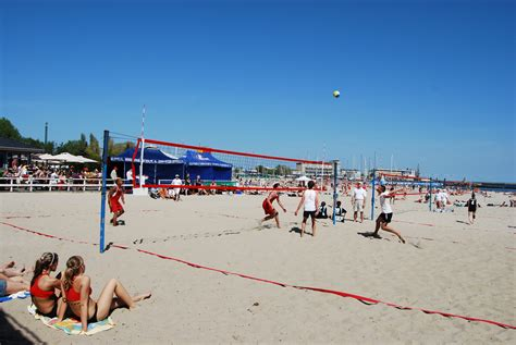 File:Beach volleyball poland1.jpg - Wikimedia Commons
