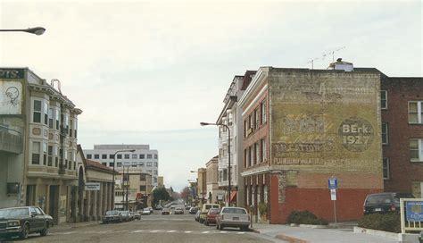 File:Berkeley California1994.jpg   Wikimedia Commons