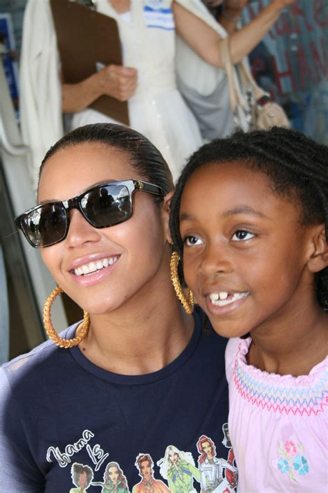 File:Beyonce vote.jpg - Wikimedia Commons