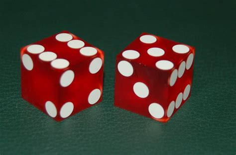 File:Craps.jpg - Wikimedia Commons