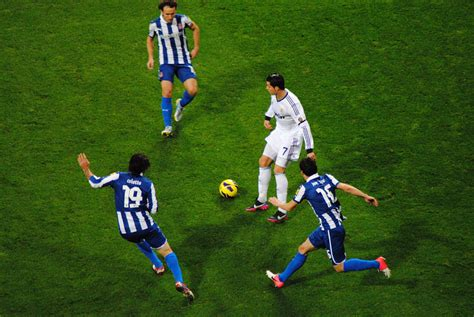 File:Cristiano Ronaldo 2012 Espanyol.jpg - Wikimedia Commons