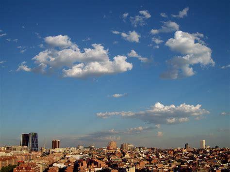 File:De Madrid al cielo 101.jpg - Wikimedia Commons