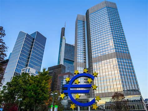 File:Europäische Zentralbank (EZB) (15767416665).jpg ...