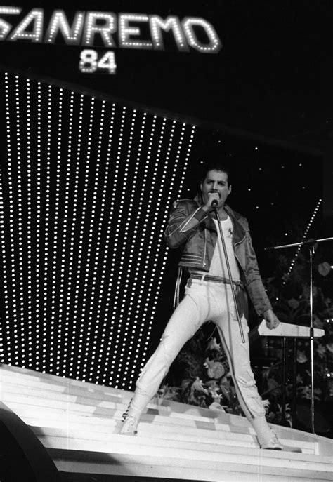File:Freddie Mercury Sanremo 1984.jpg - Wikipedia