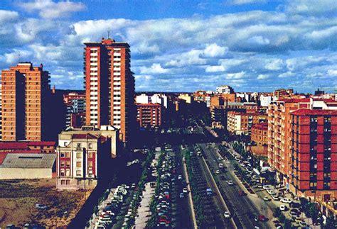File:Fundación Joaquín Díaz   Paseo Zorrilla   Valladolid ...