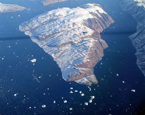 File:Greenland Island.jpg   Wikimedia Commons