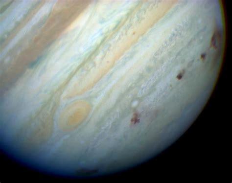 File:Jupiter showing SL9 impact sites.jpg - Wikipedia