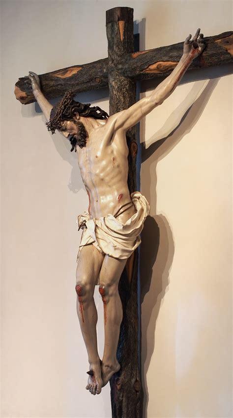 File:Luis Salvador Carmona - Cristo crucificado 20140703 ...