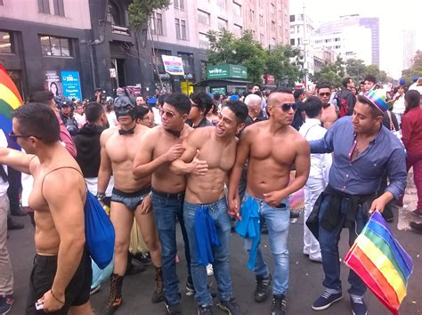 File:Mexico City Pride 2016 people 04.jpg - Wikimedia Commons