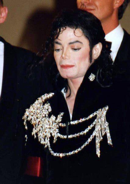 File:Michael Jackson Cannes.jpg   Wikimedia Commons