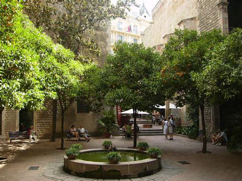 File:Museu Frederic Mares3 Barcelona  Catalonia .jpg