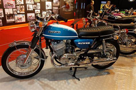 File:Paris   Salon de la moto 2011   Suzuki   T 500   001 ...
