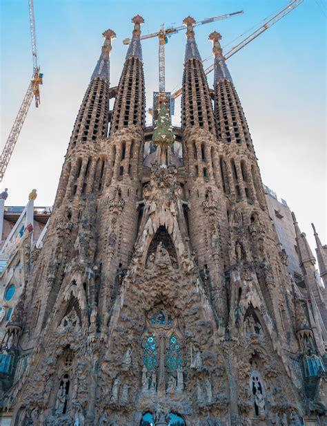File:Sagrada Familia, Barcelona  31985705036 .jpg ...