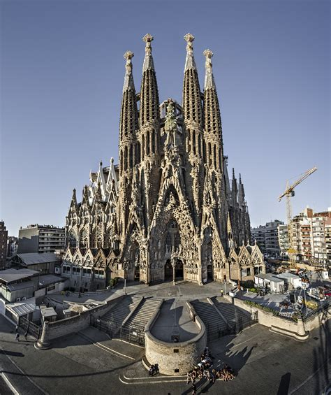 File:Sagrada Família. Façana del Naixement.jpg   Wikimedia ...