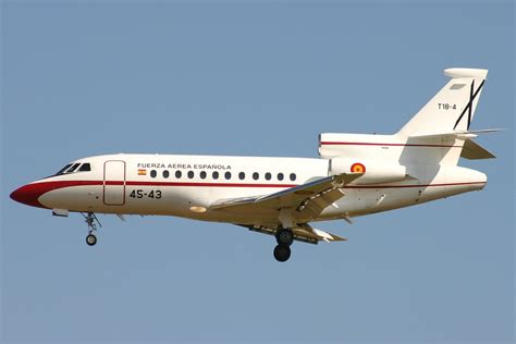 File:Spanish Air Force Dassault Falcon 900B.jpg ...