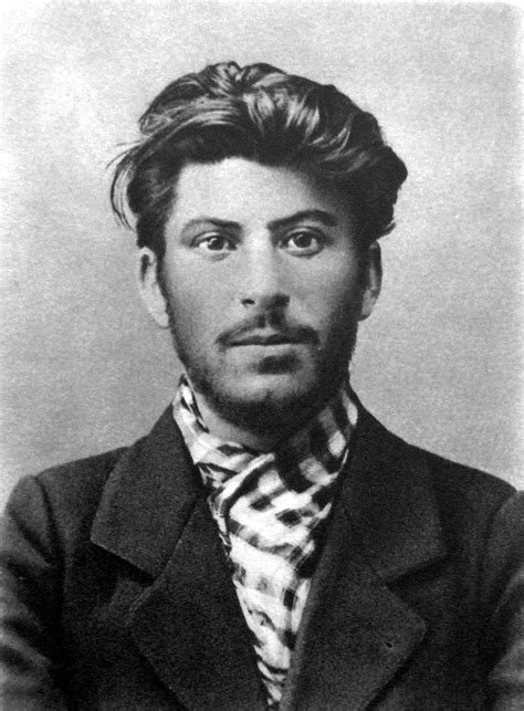 File:Stalin 1902.jpg   Wikipedia