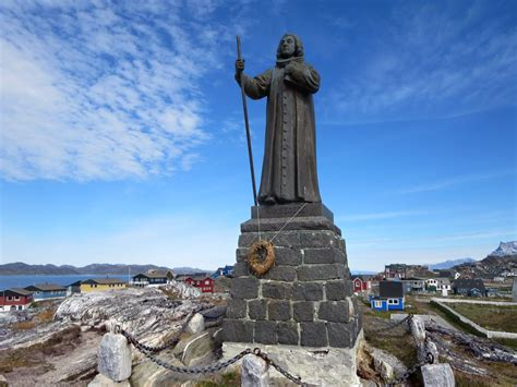 File:Statue of Hans Egede, Nuuk.jpg - Wikimedia Commons