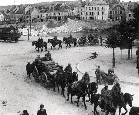File:U. S. Field Artillery in Chateau Thierry.jpg ...