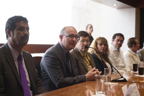 Firman convenio UdeG y el Instituto Jalisciense de ...