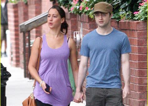 Following the magic: Daniel Radcliffe de paseo con su ...