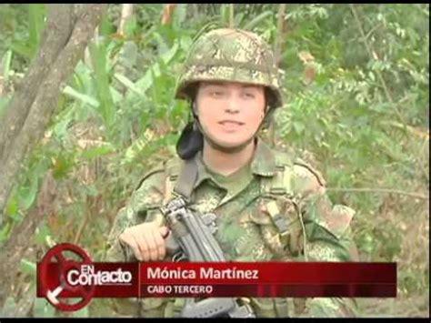 Formación de las mujeres suboficiales del Ejército ...