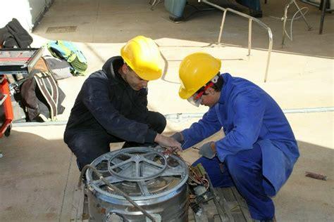 Formación técnica sobre mantenimiento de embarcaciones ...