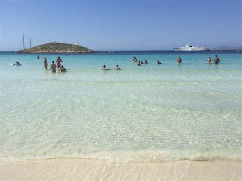 Formentera 2015   Vacaciones de dos turistas   Alquiler de ...