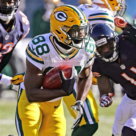 Former WR Ty Montgomery to remain at running back for ...