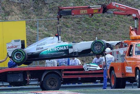 Formula 1: Pequeño accidente de Schumacher
